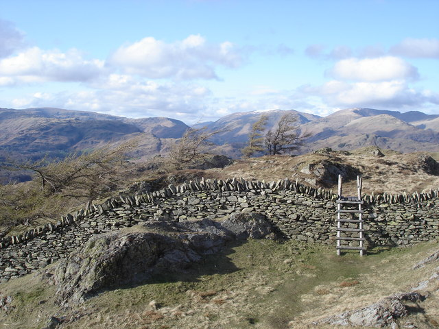 Black Crag - stile just north of the summit - geograph.org.uk - 1188361