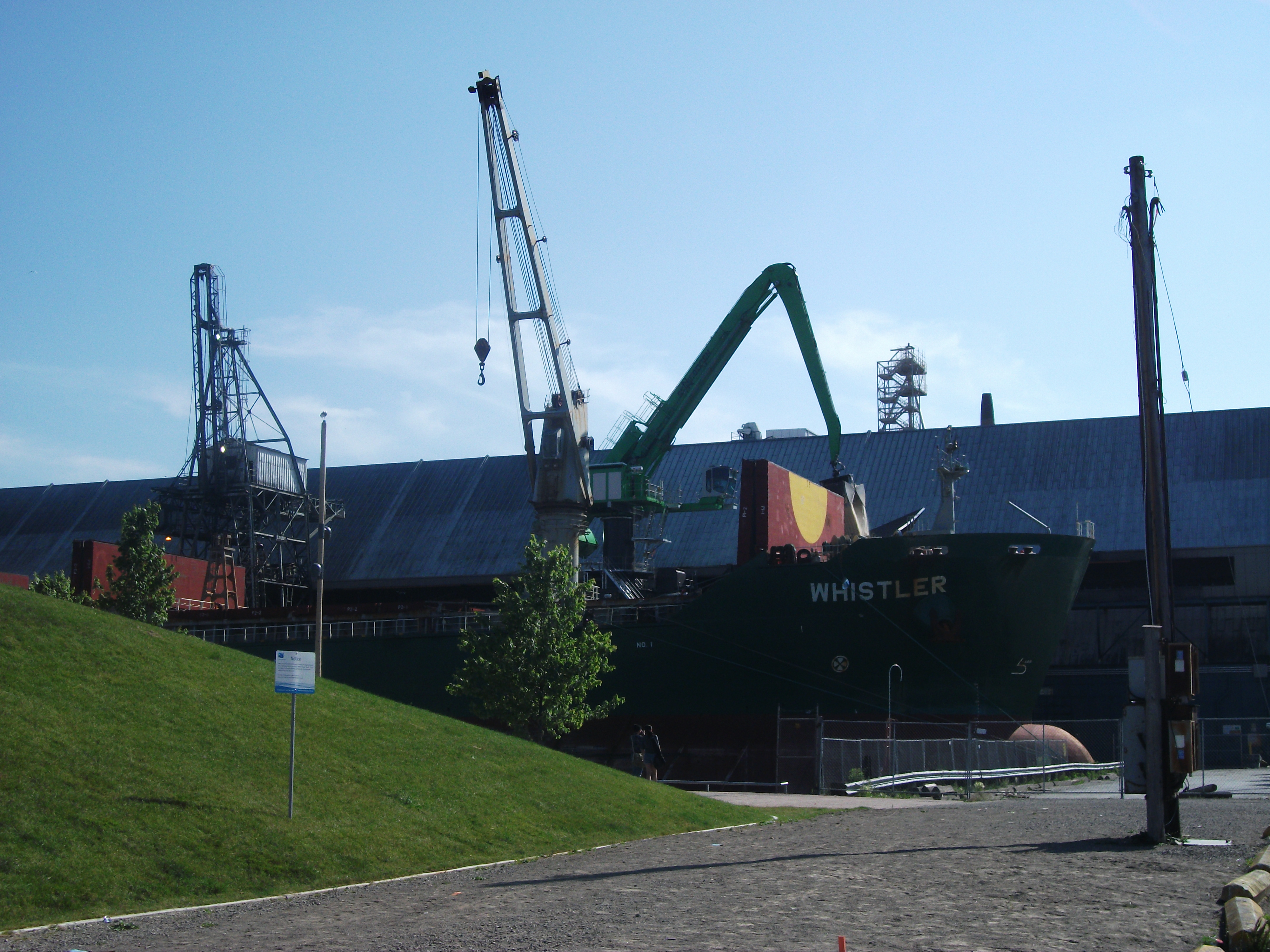 File:Bulk carrier Whistler, full of sugar being unloaded at