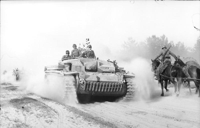 File:Bundesarchiv Bild 101I-136-0882-13, Sowjetunion, Deutsches Sturmgeschütz.jpg