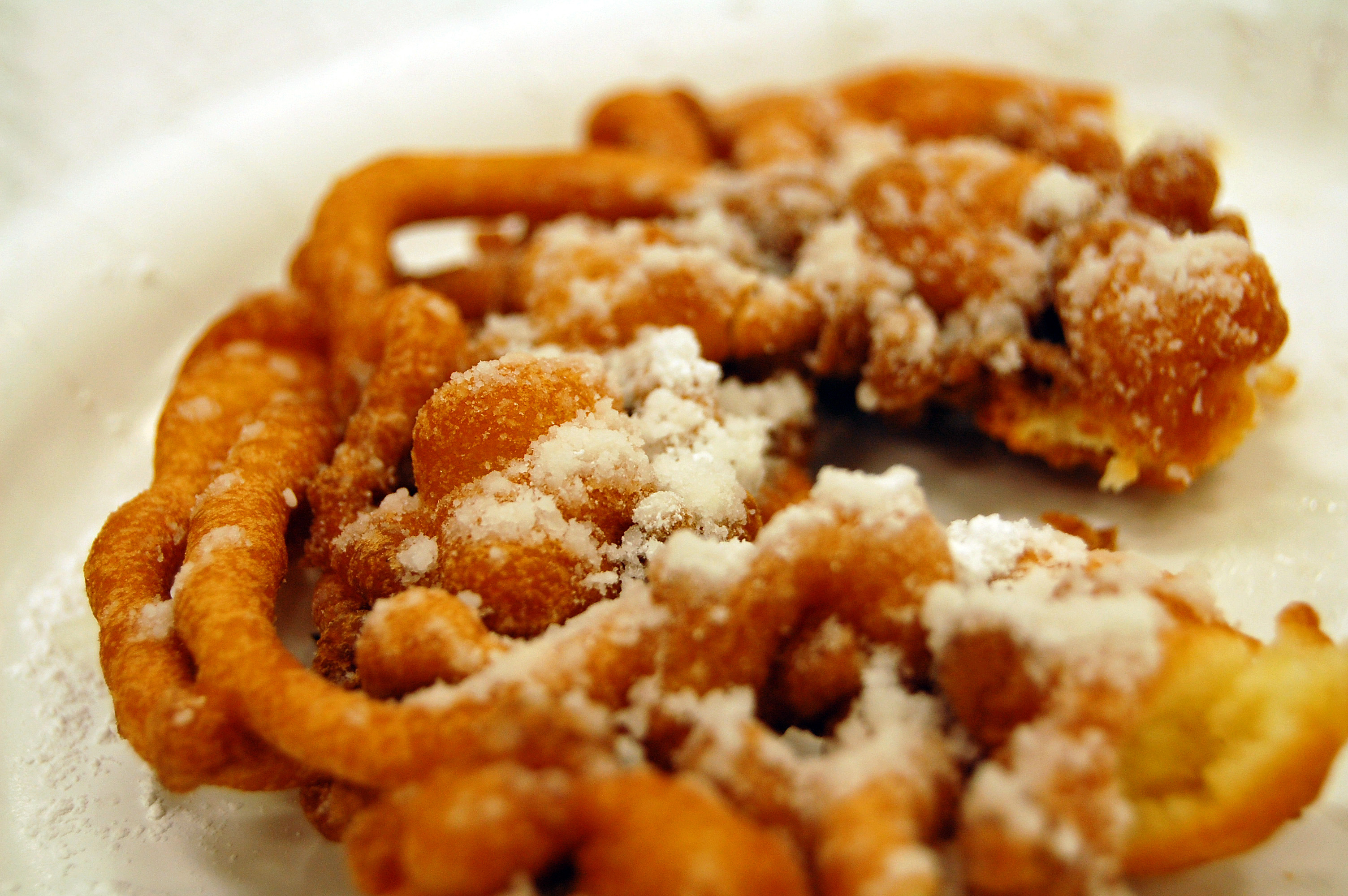 File:C-shaped funnel cake.jpg - Wikimedia Commons