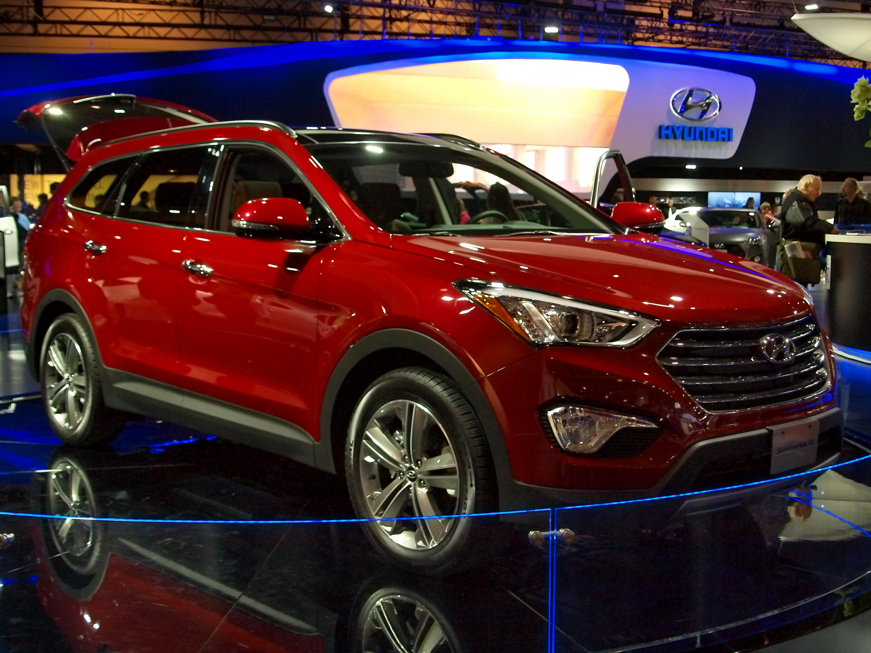 File:CIAS 2013   2014 Hyundai Santa Fe (8495489137)
