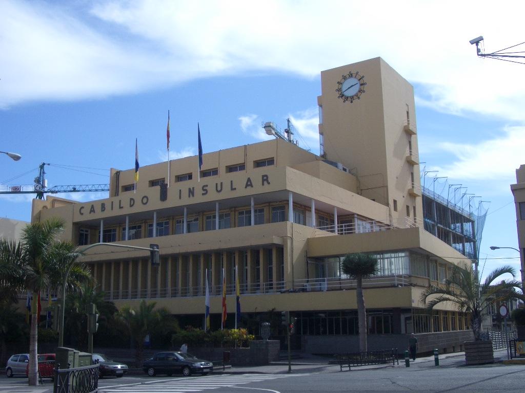 Cabildo insular de gran canaria wikipedia la enciclopedia libre - Apartamentos las torres tenerife ...