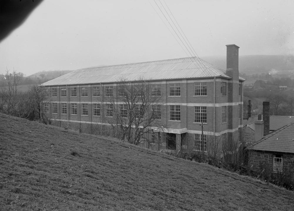 Cambrian Woollen Mill, Llanwrtyd (1294049).jpg