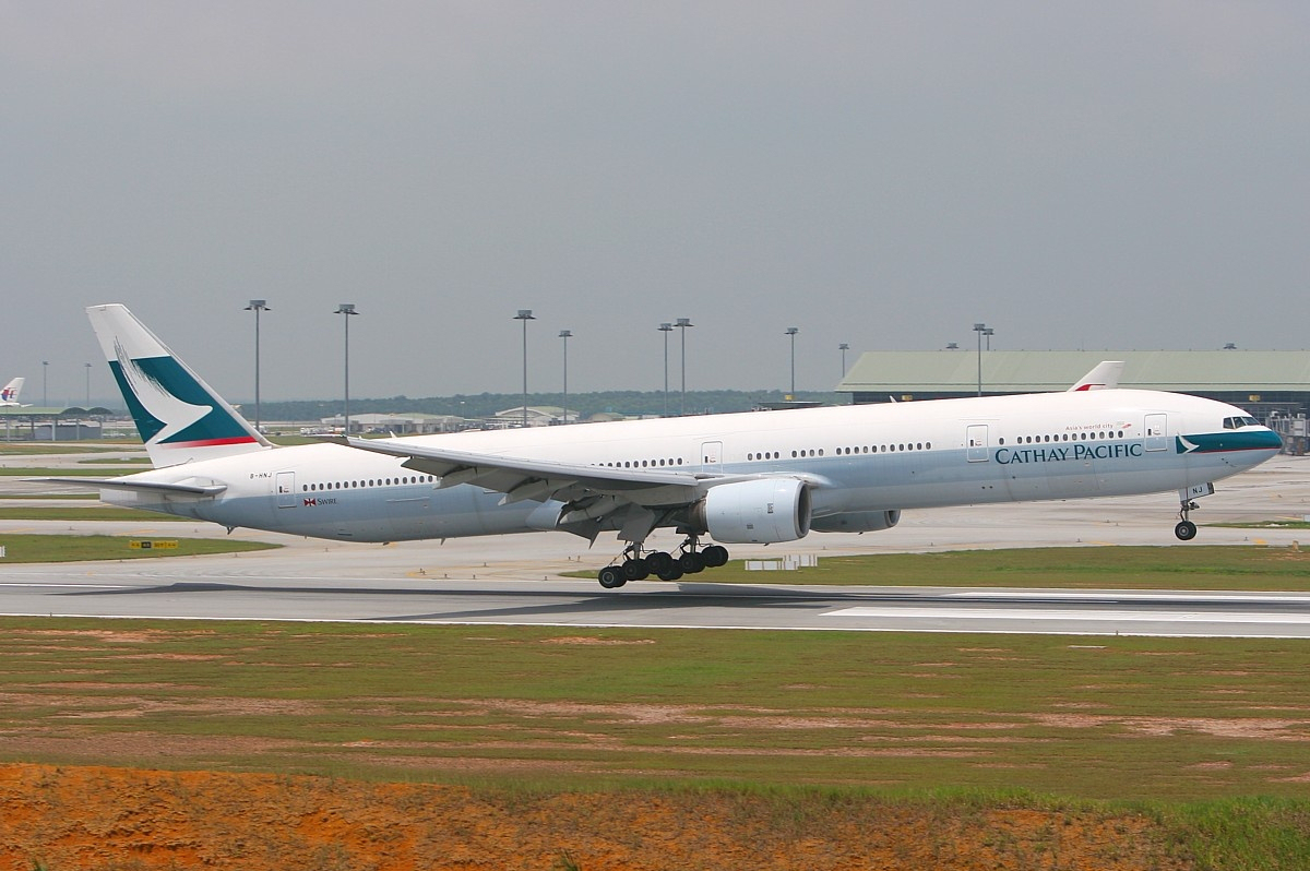 K Chen L Hne file cathay pacific boeing 777 300 mrd 1 jpg wikimedia commons