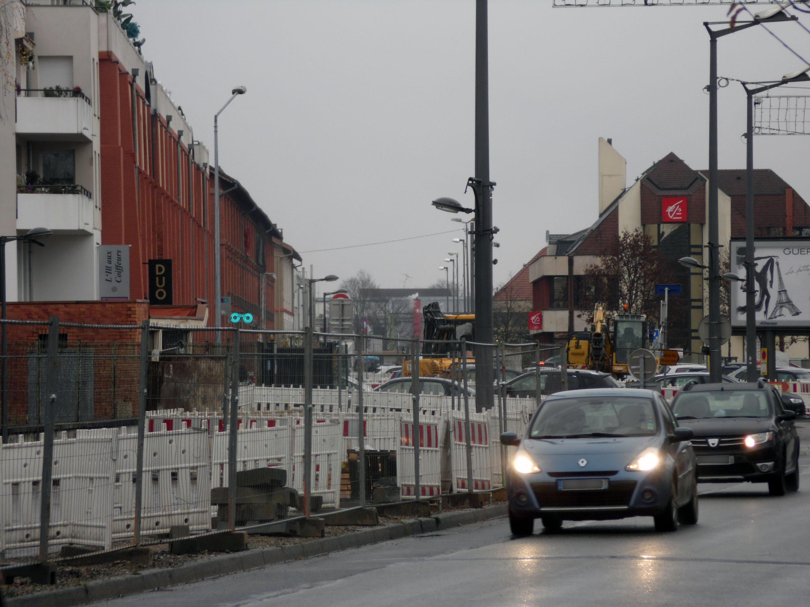 file chantier tram a route lyon illkirch graffenstaden wikimedia commons. Black Bedroom Furniture Sets. Home Design Ideas