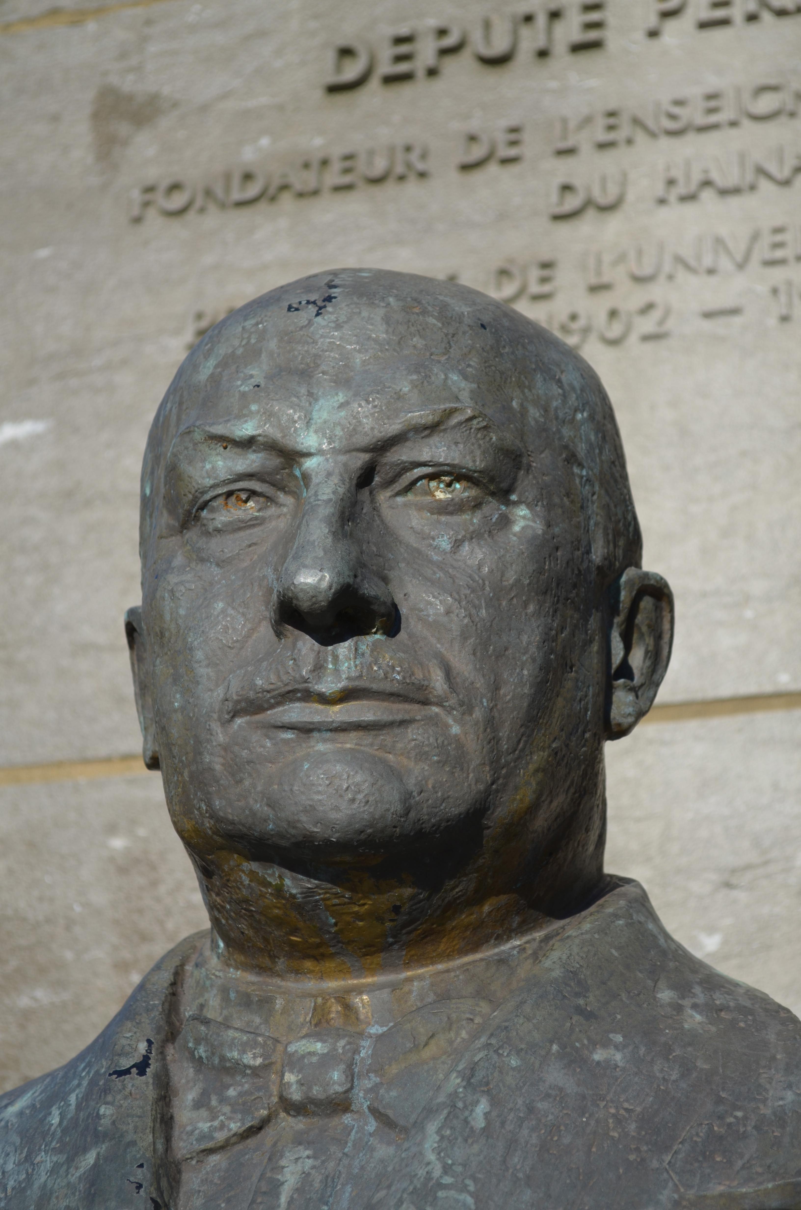 Paul Pastur, statue near the ''Université du Travail'' in [[Charleroi