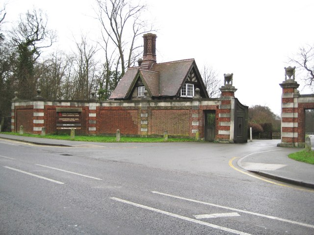 Cockfosters, Trent Country Park - geograph.org.uk - 663479