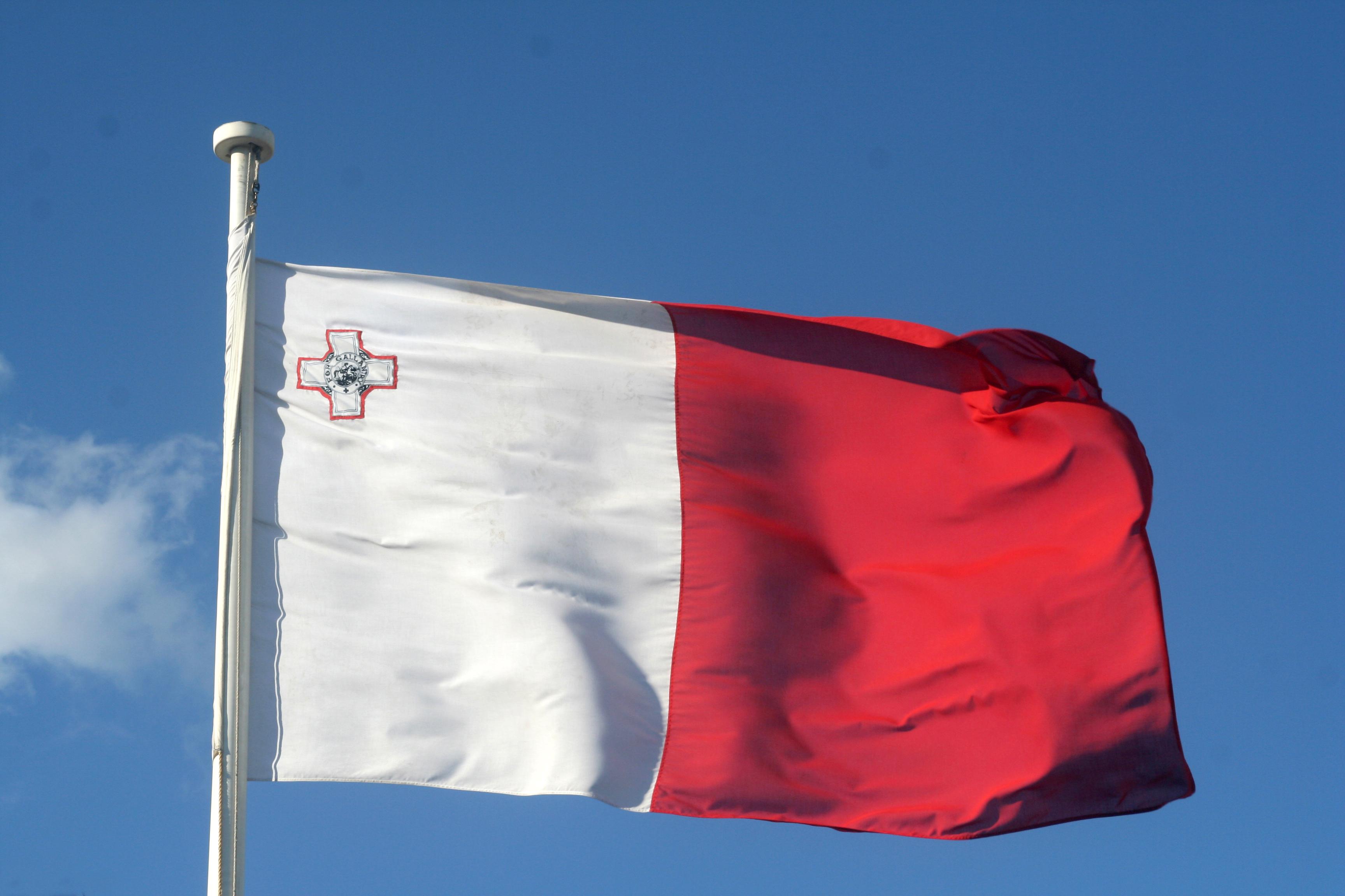 """Résultat de recherche d'images pour """"drapeau malte"""""""