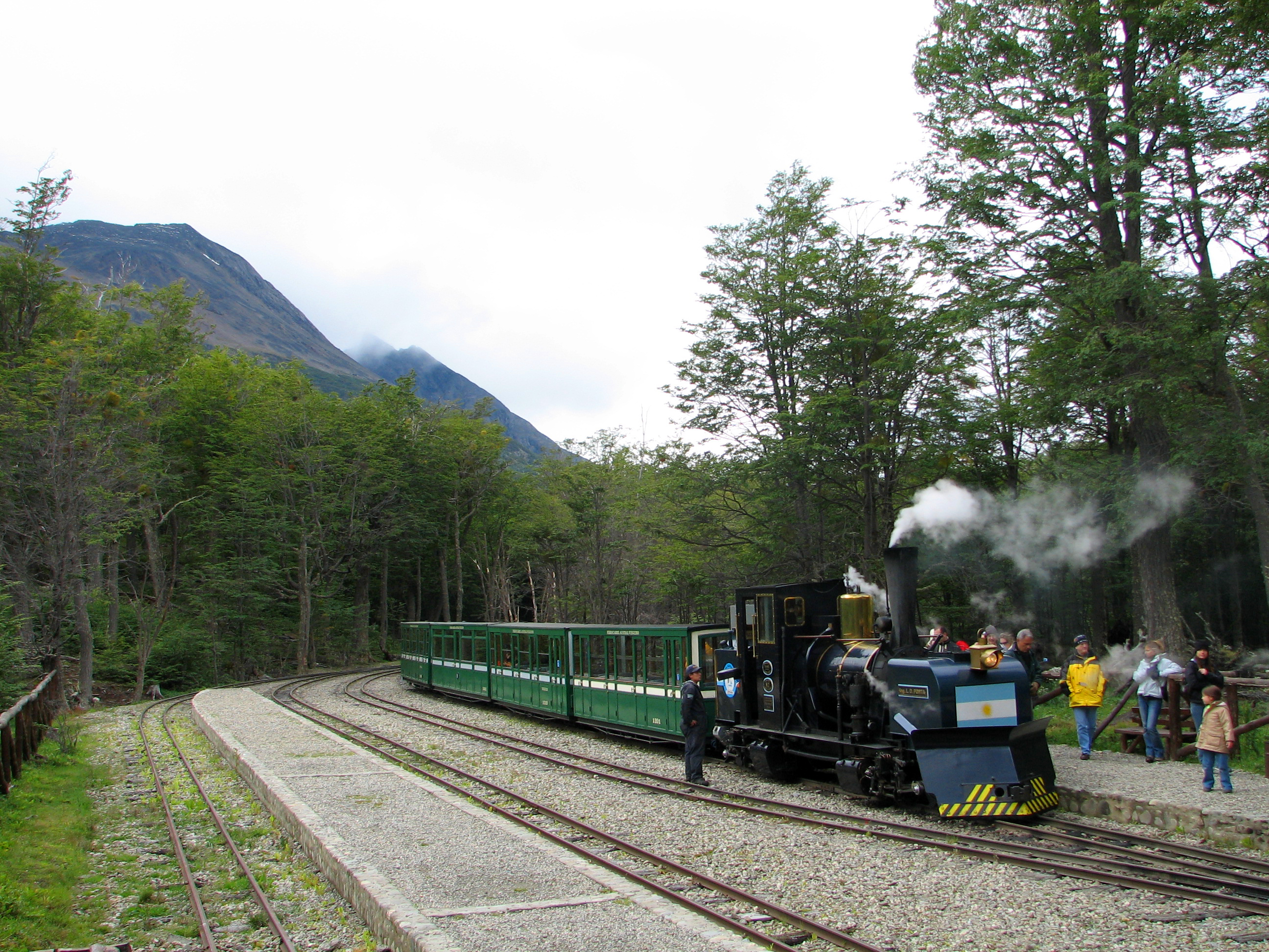 File:End of The World Train at station.jpg - Wikimedia Commons