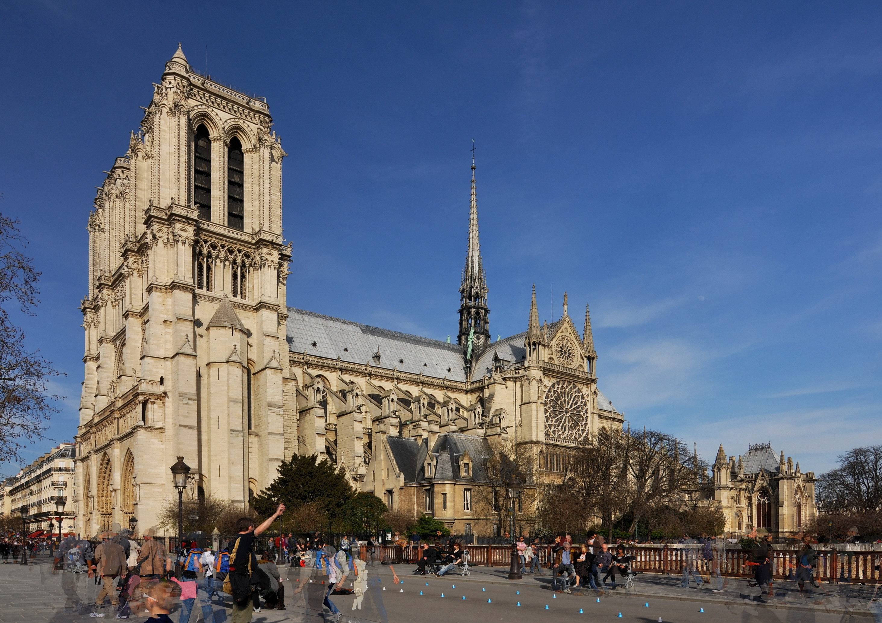 File exterior of notre dame de paris paris 4th 007 jpg for Exterior notre dame