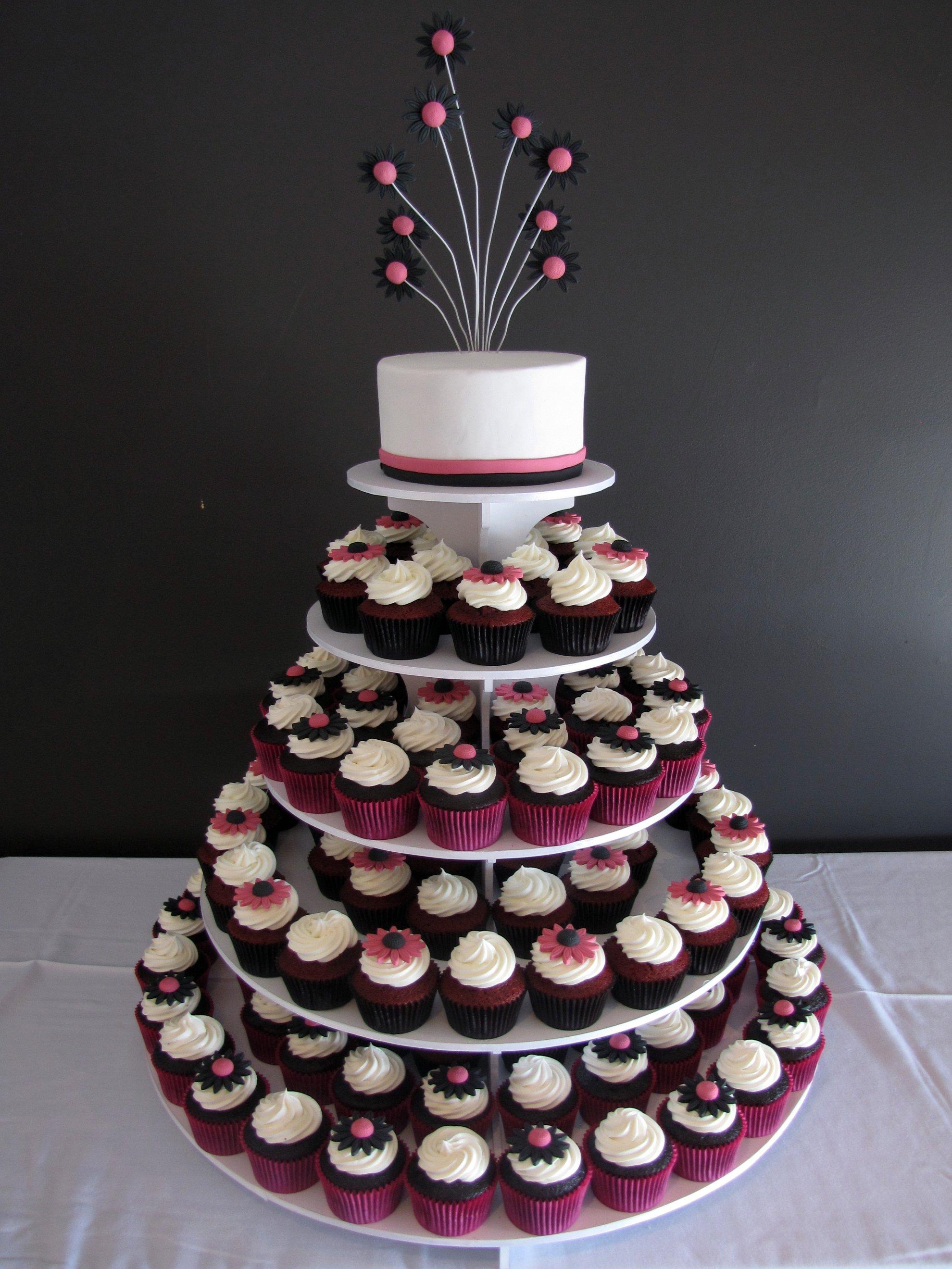 File:Funky Daisy Gerbera Wedding Cupcake Tower (4740111499).jpg ...
