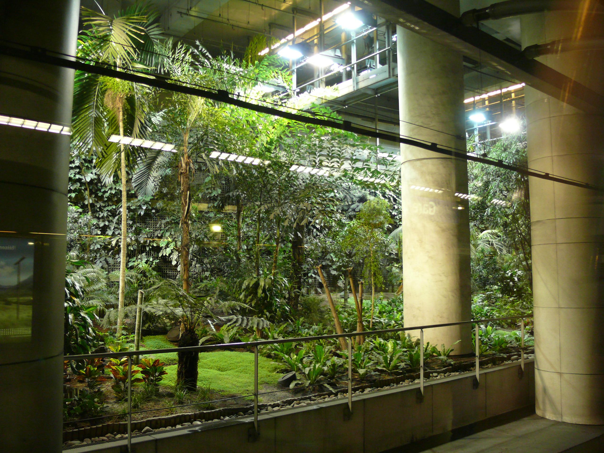 Fichier gare de lyon 14 jardin exotique jpg wikip dia for Jardin zoologique de lyon