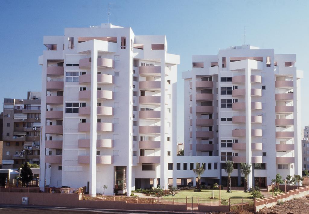 Https Www Housing Siu Edu Residence Halls Room Selection