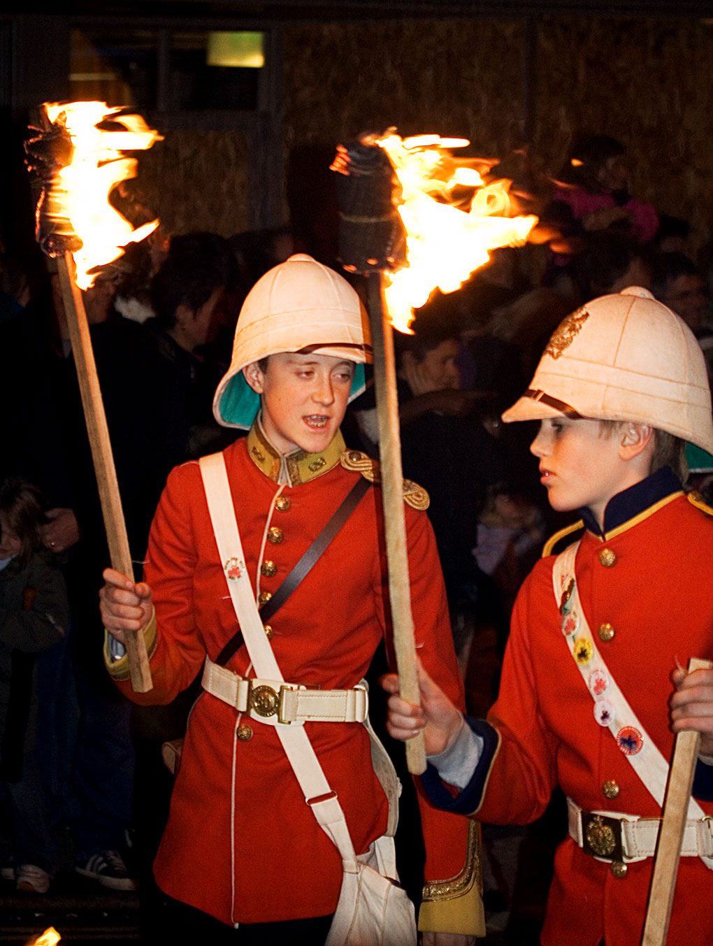 FileLewes Bonfire Colonial Boys.jpg  sc 1 st  Wikimedia Commons : british colonial soldier costume  - Germanpascual.Com