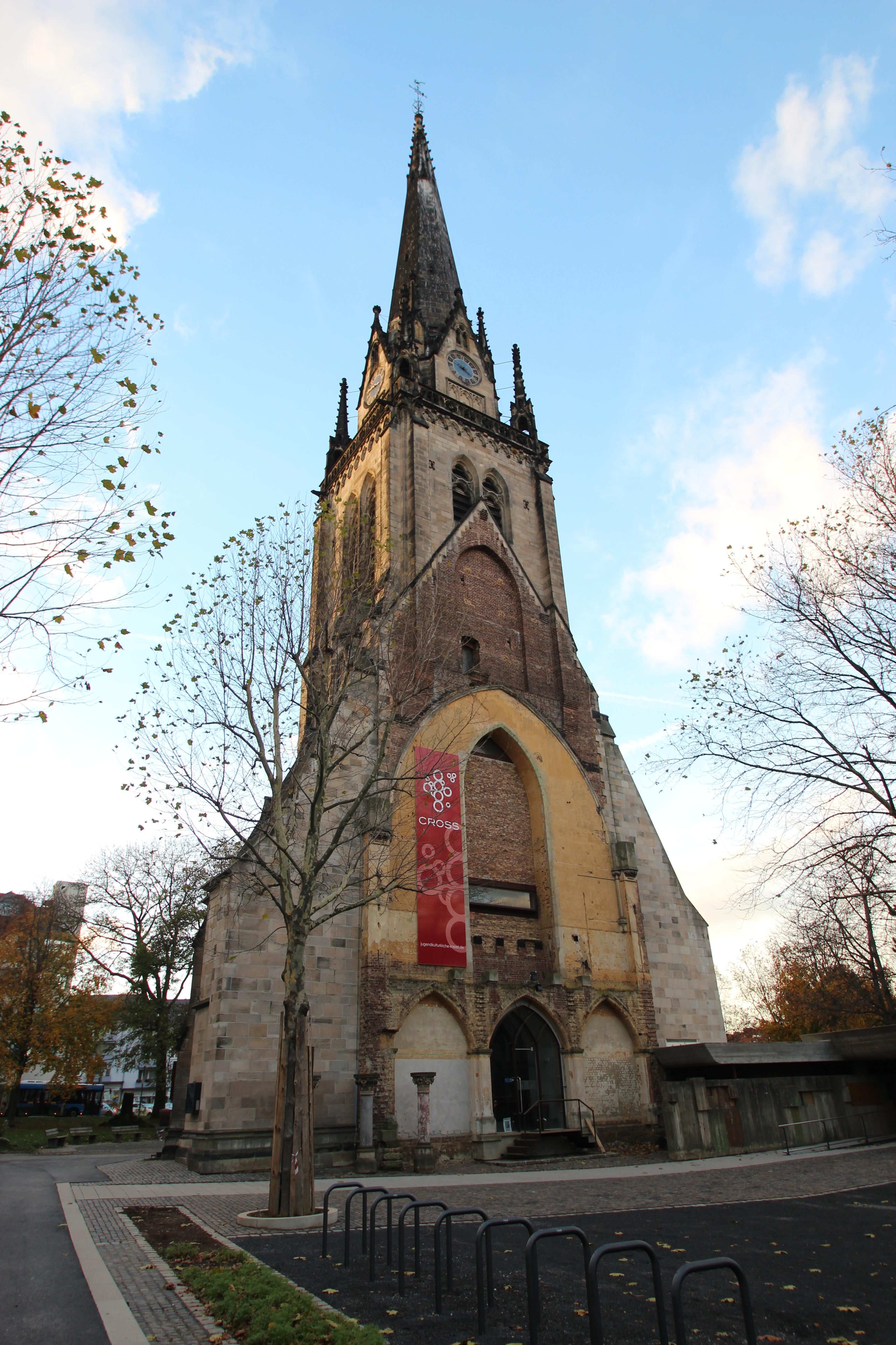 Lutherkirche_%28Kassel%29_2013.jpg
