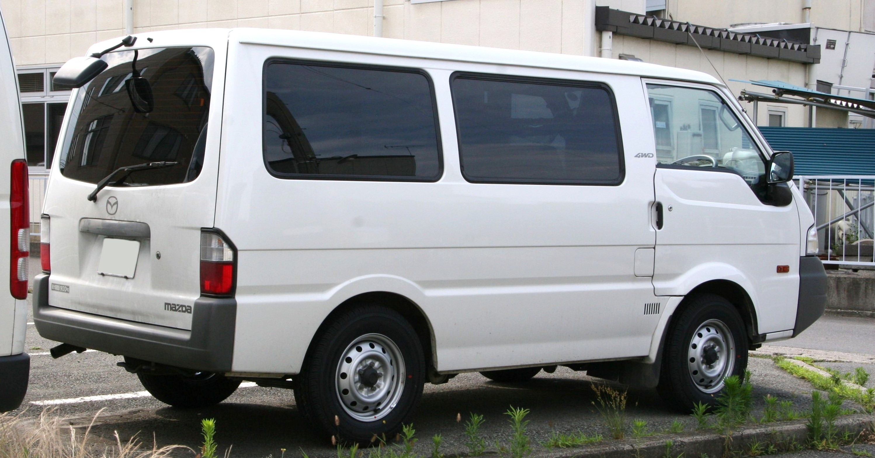 File:Mazda Bongo Van rear.jpg - Wikimedia Commons
