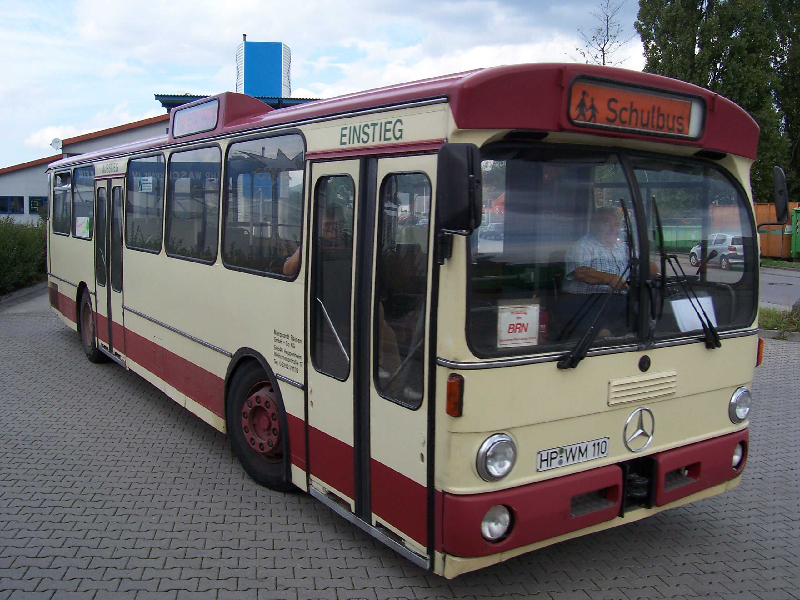 Mercedes-Benz O 305 bus in Heppenheim, 2005;