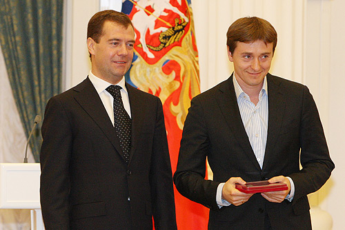 Narodny artist the Russian Federation Sergei Bezrukov and Russian President Medvedev.jpg