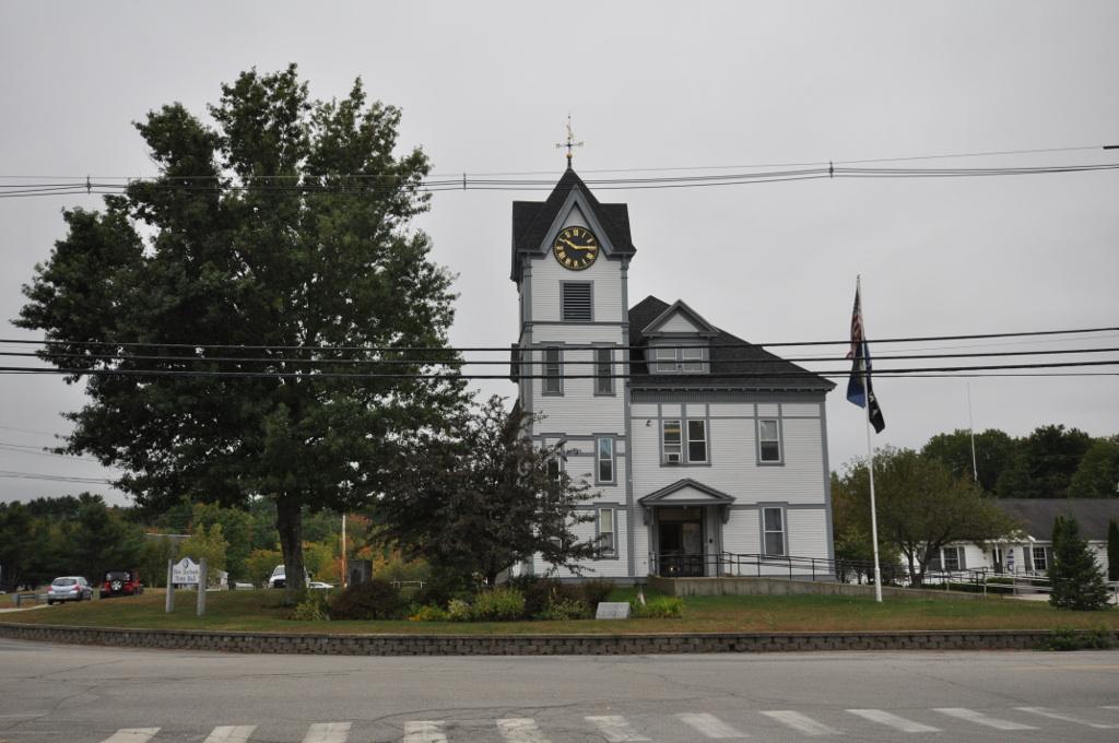 File Newdurhamnh Townhall Jpg Wikimedia Commons