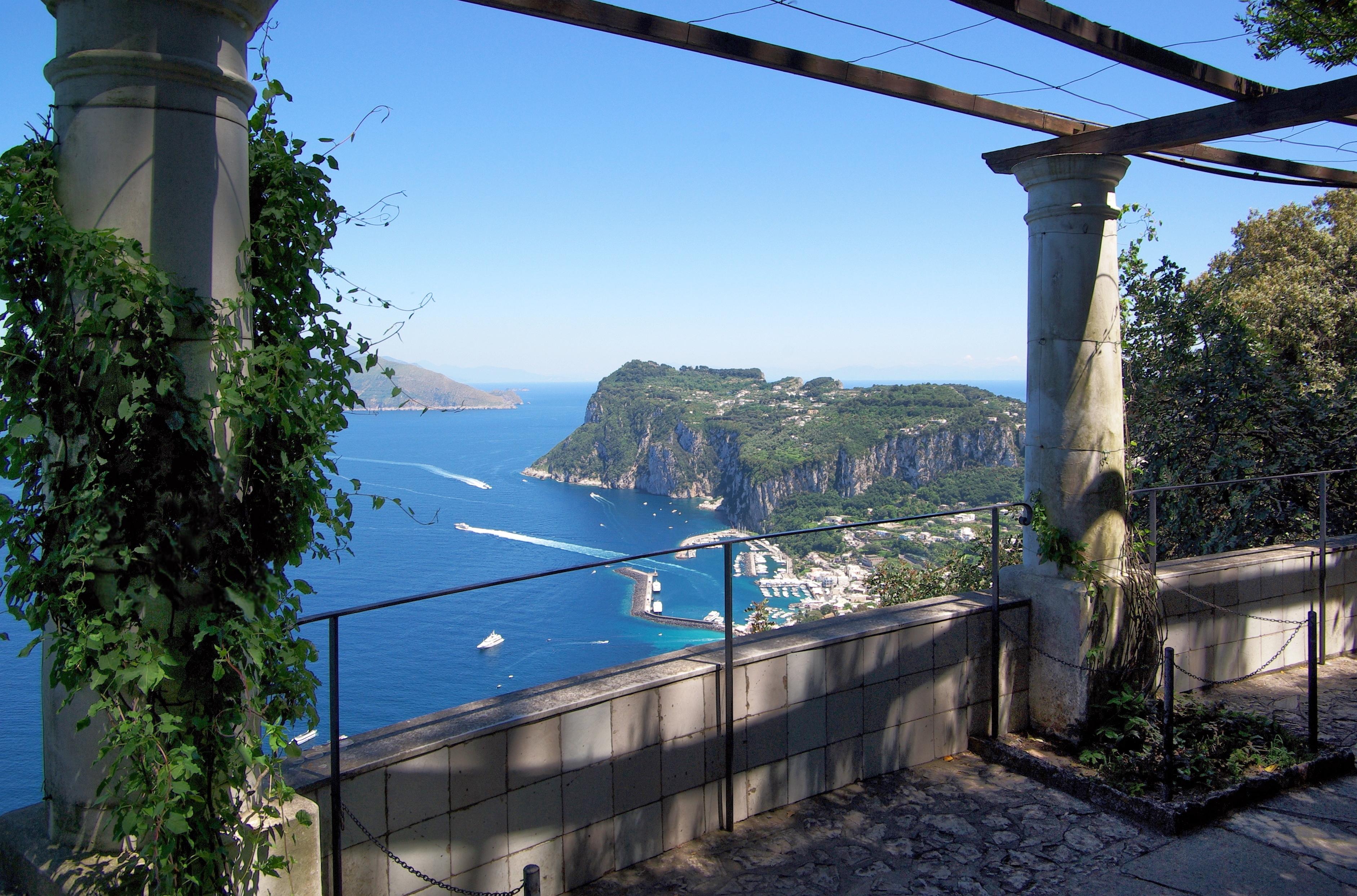 Hotel Villa Capri Salon Amp