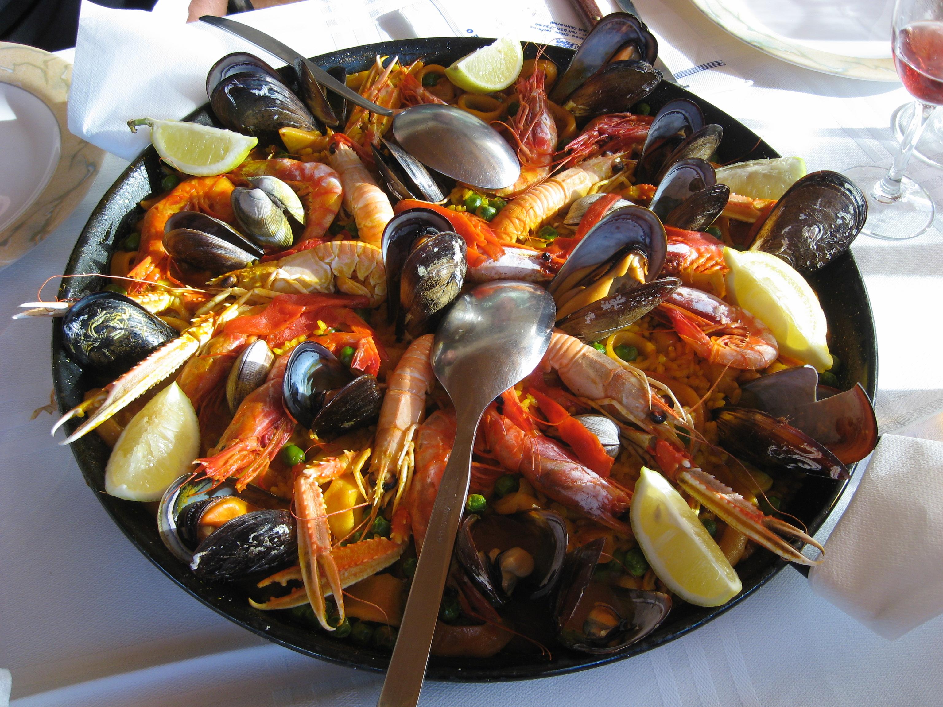 File:Paella Marinara.JPG - Wikimedia Commons