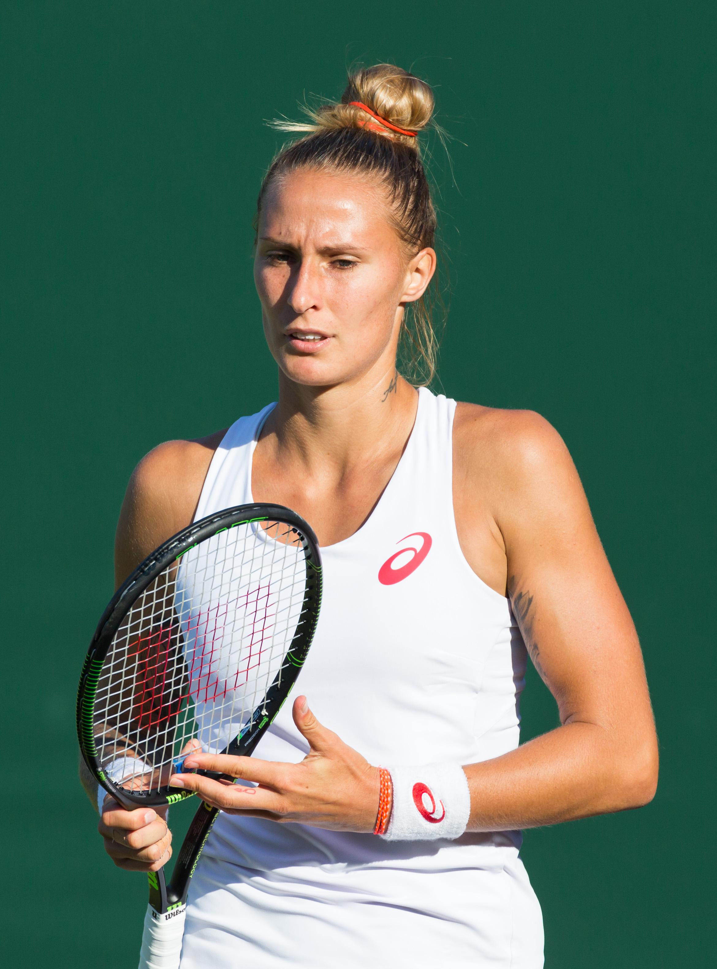 File:Polona Hercog, 2015 Wimbledon Championships - Diliff ...