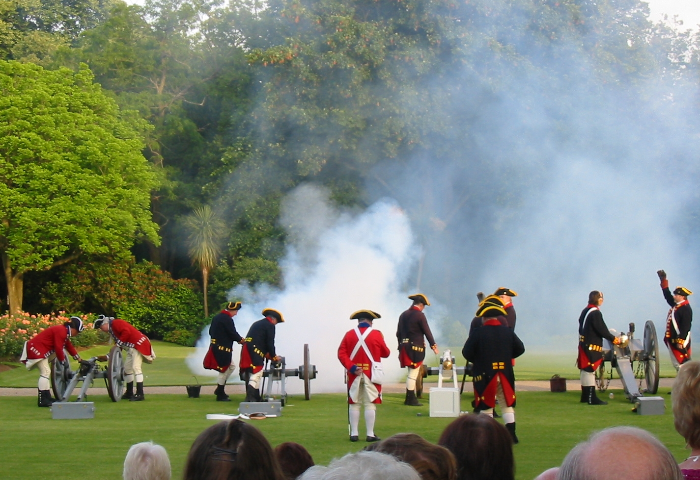 File:Queen's Birthday gun salute Government House Jersey 2008.jpg ...