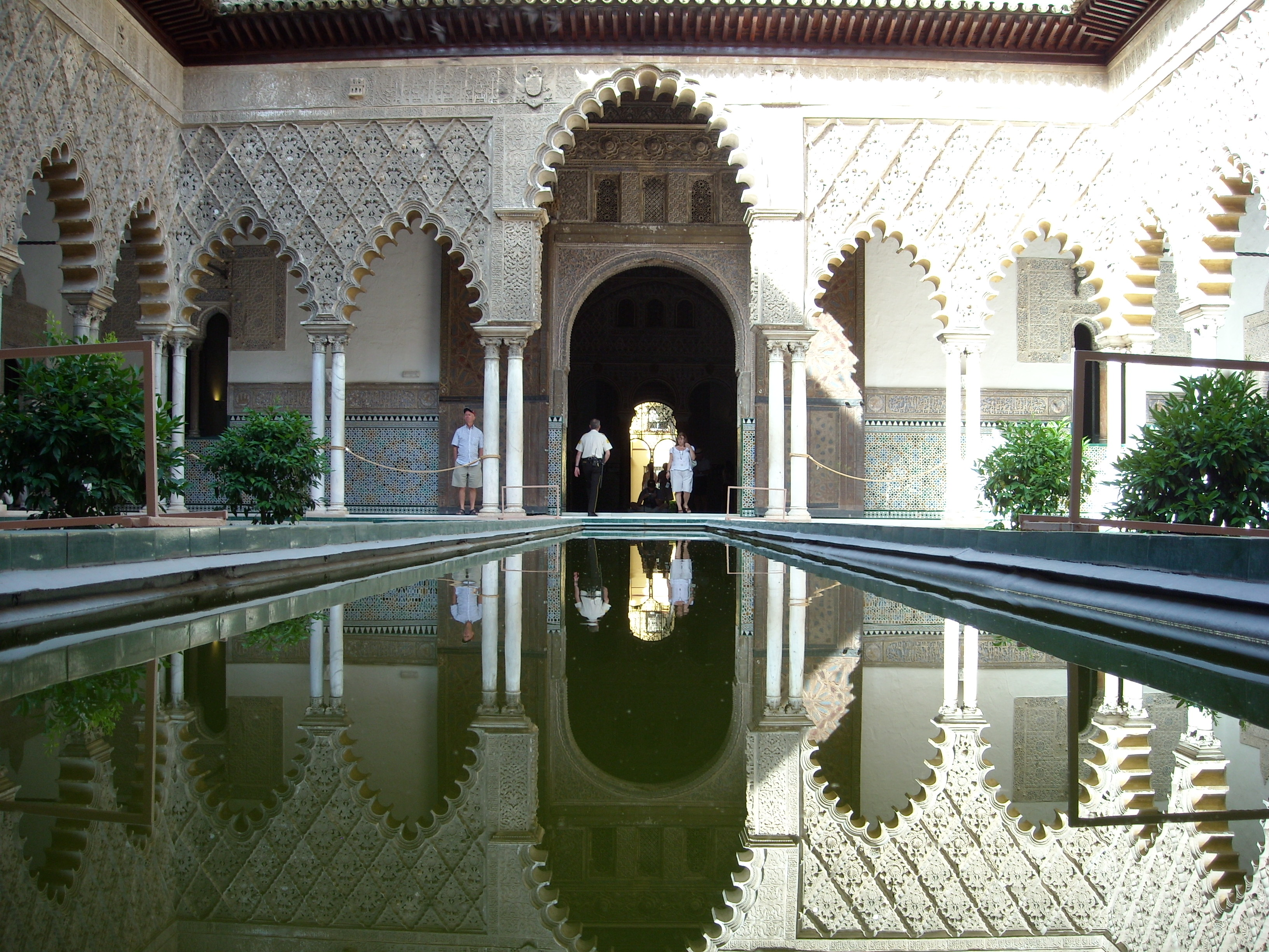File:Real Alcazar Siviglia.JPG - Wikimedia Commons