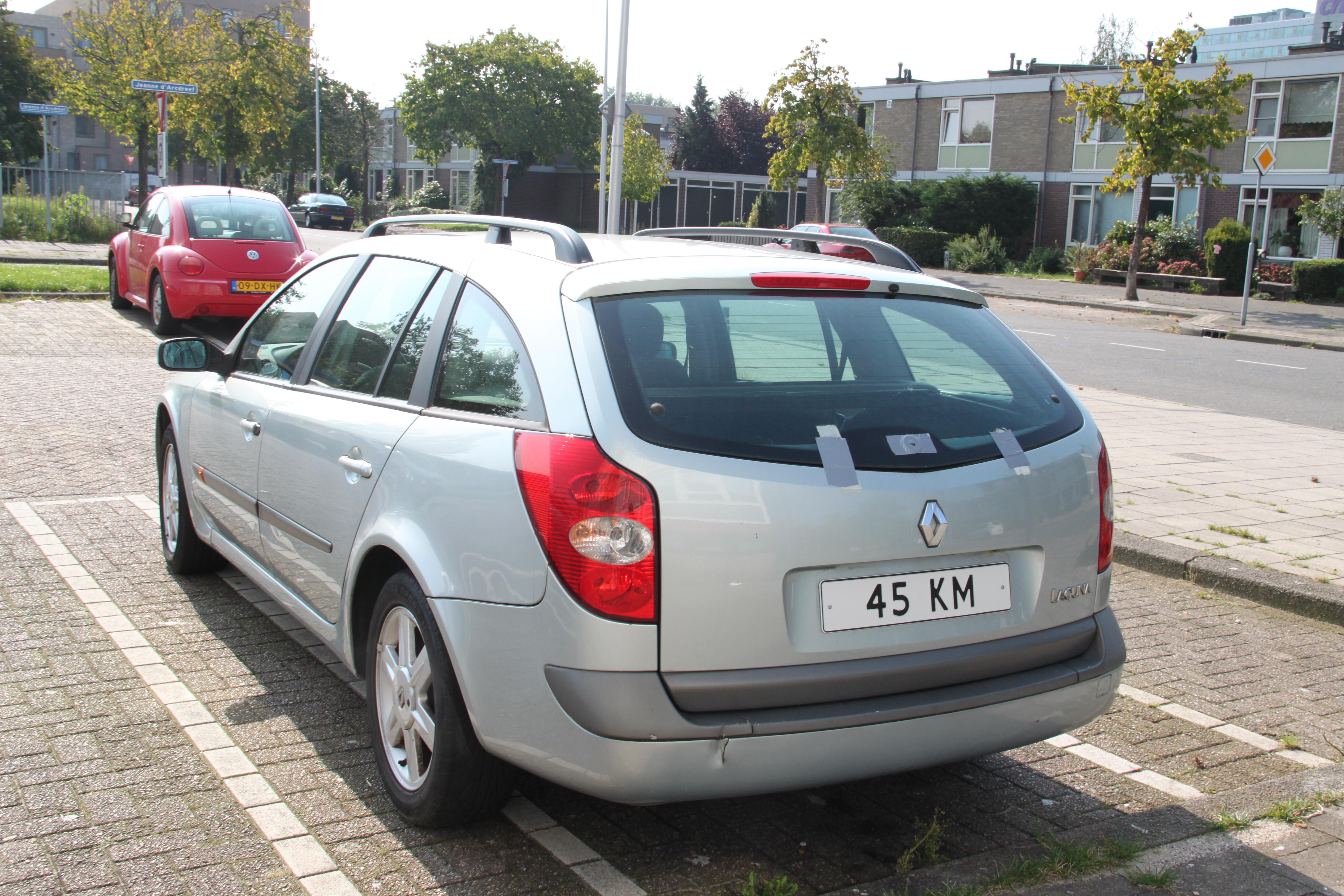 File:Renault Laguna 45km car Utrecht 2.JPG - Wikimedia Commons