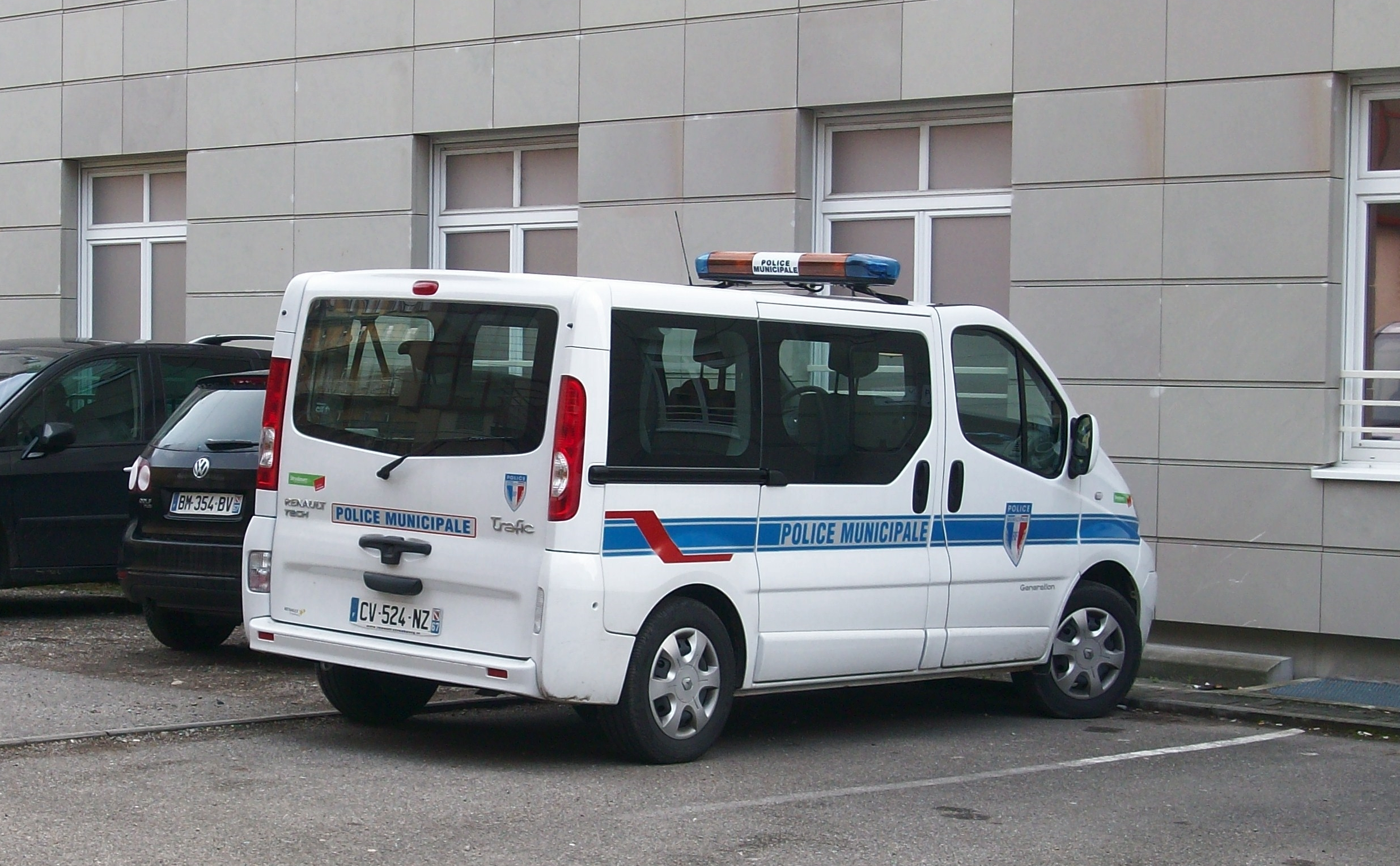 file renault trafic police municipale de strasbourg novembre 2013 jpg wikimedia commons. Black Bedroom Furniture Sets. Home Design Ideas
