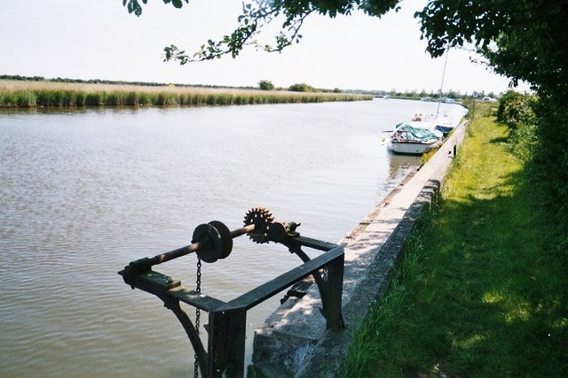 River Bure Near Acle - geograph.org.uk - 1081175
