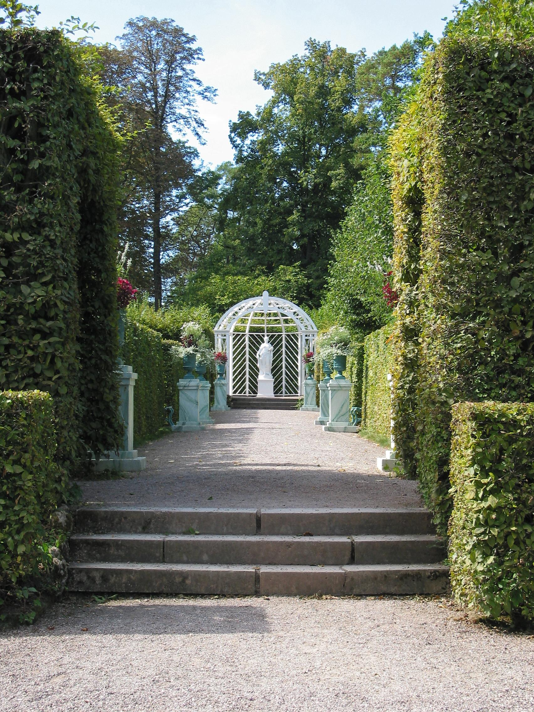 Datei:russischer Garten Am Schloss Belvedere (weimar).jpg ? Wikipedia Garten Dezember Wo Was Verbessern