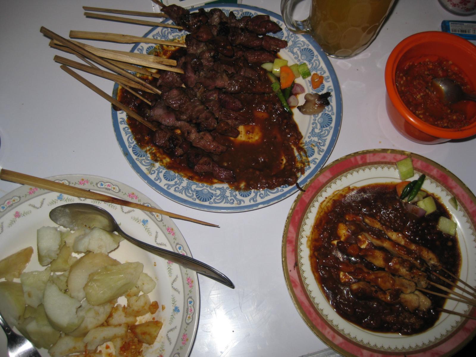 File Sate Kambing Sate Ayam Jpg Wikimedia Commons