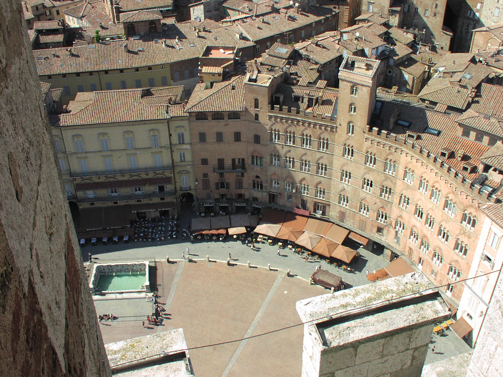 Siena-piazza del campo.jpg