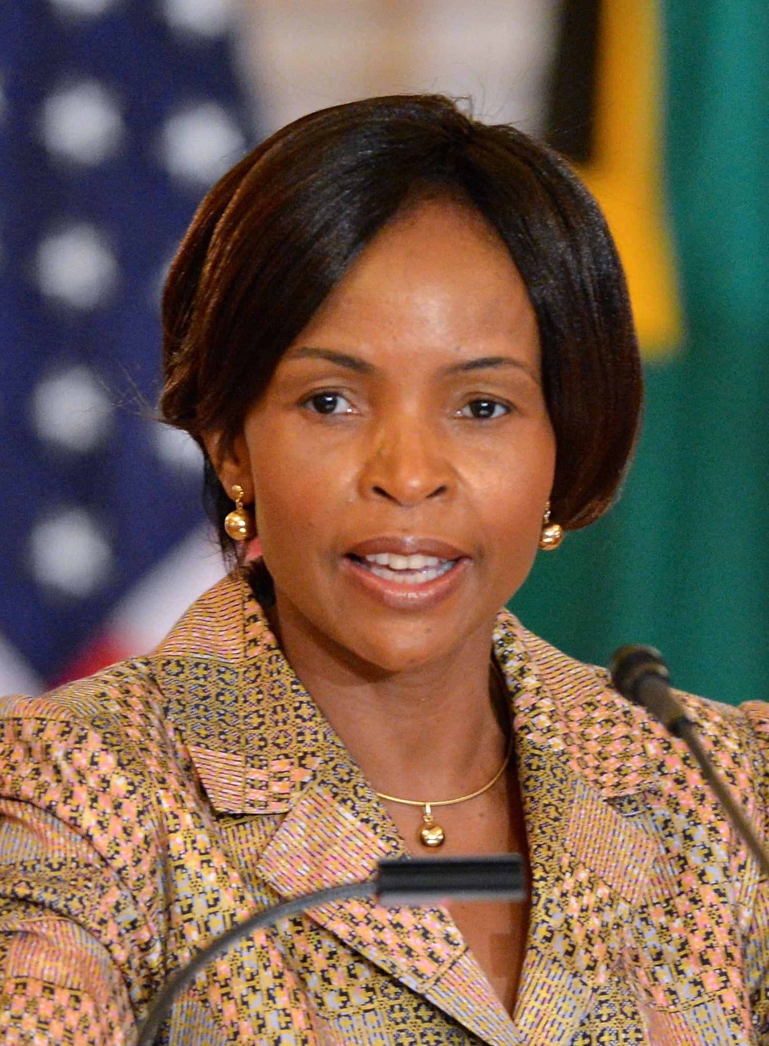 Nkosazana dlamini-zuma divorced dating