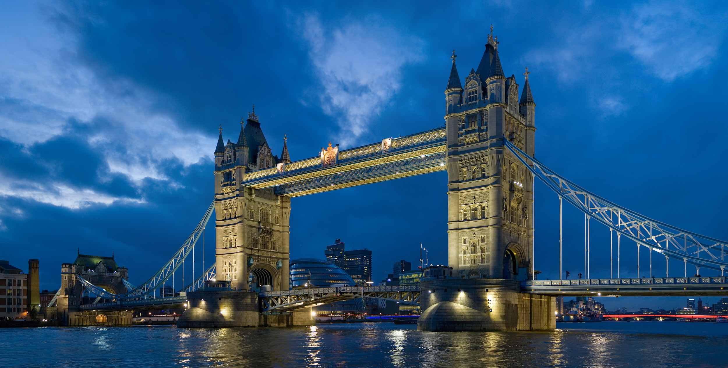 Hilton London Tower Bridge - UPDATED 2018 Prices & Hotel