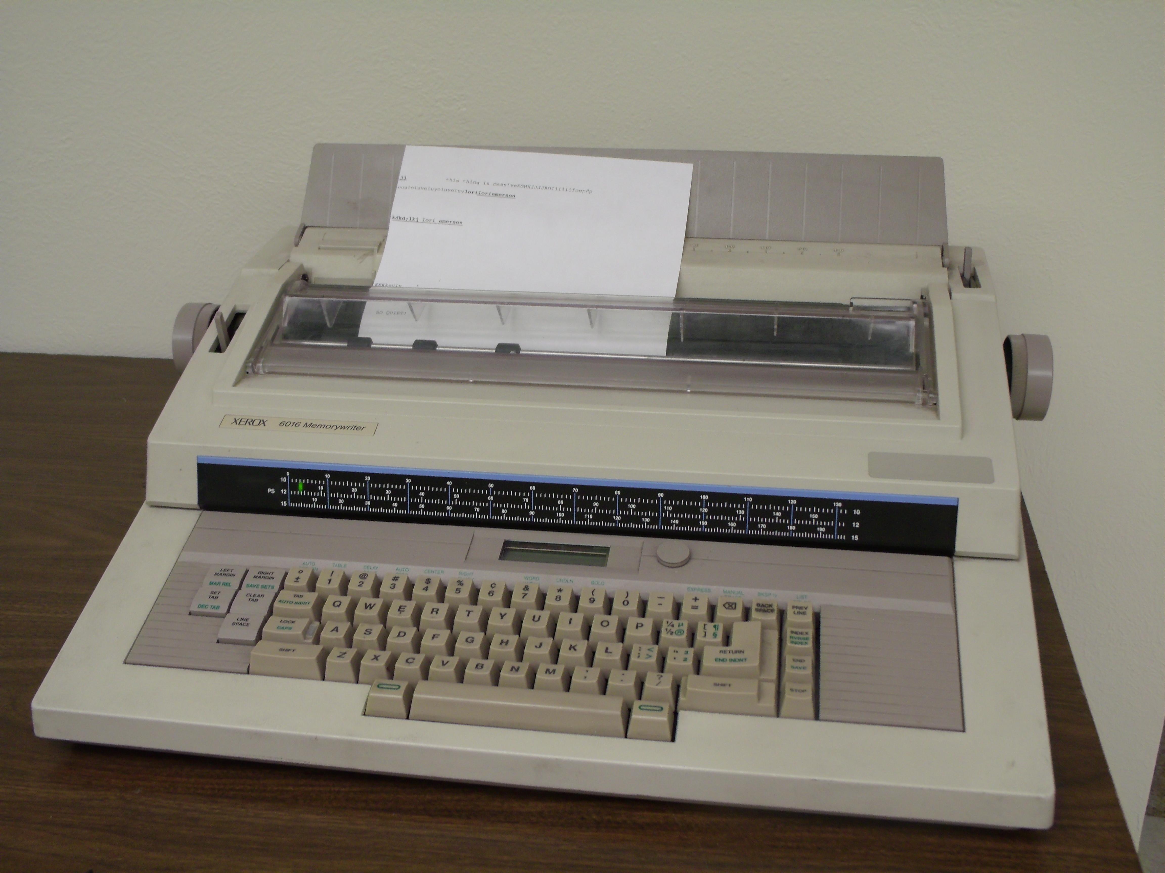File:XEROX 6016 Memorywriter Word Processor jpg - Wikimedia