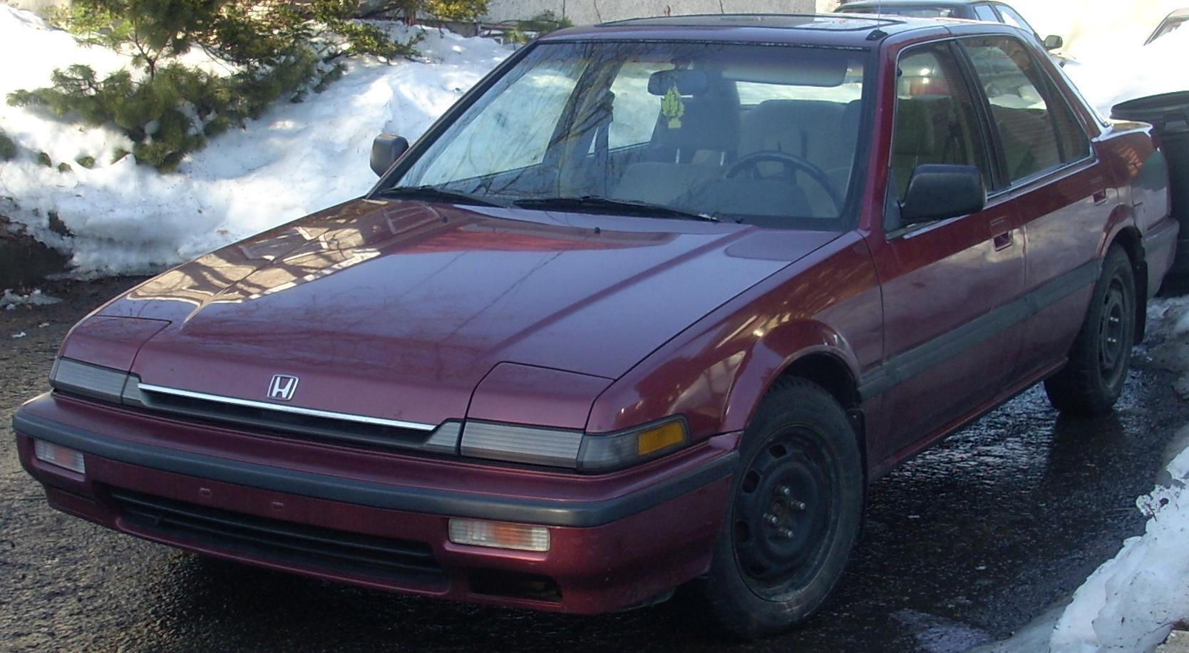 File 89 Honda Accord Sedan Jpg Wikimedia Commons