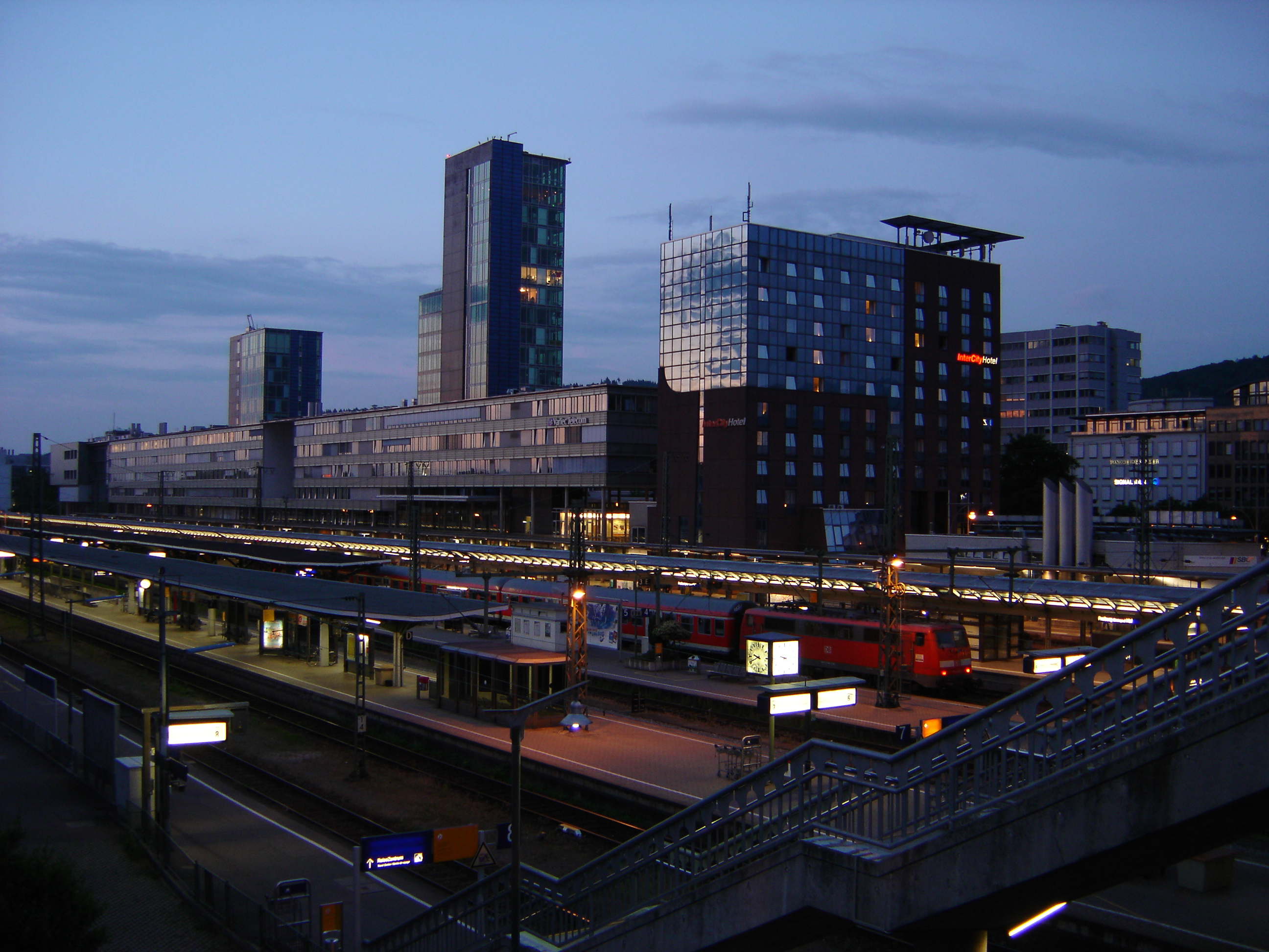 File0012 Freiburg HauptbahnhofJPG Wikimedia Commons