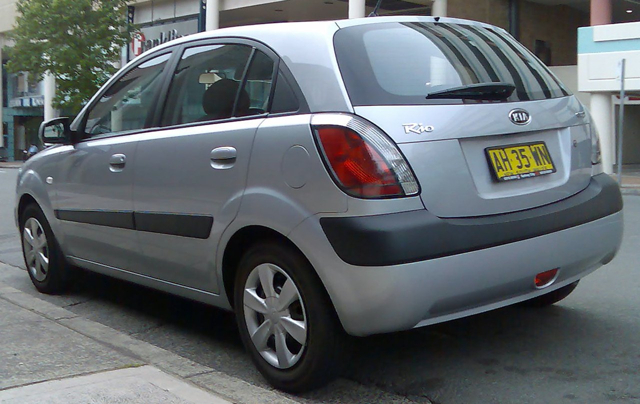 File 2005 2007 Kia Rio Jb 5 Door Hatchback 01 Jpg