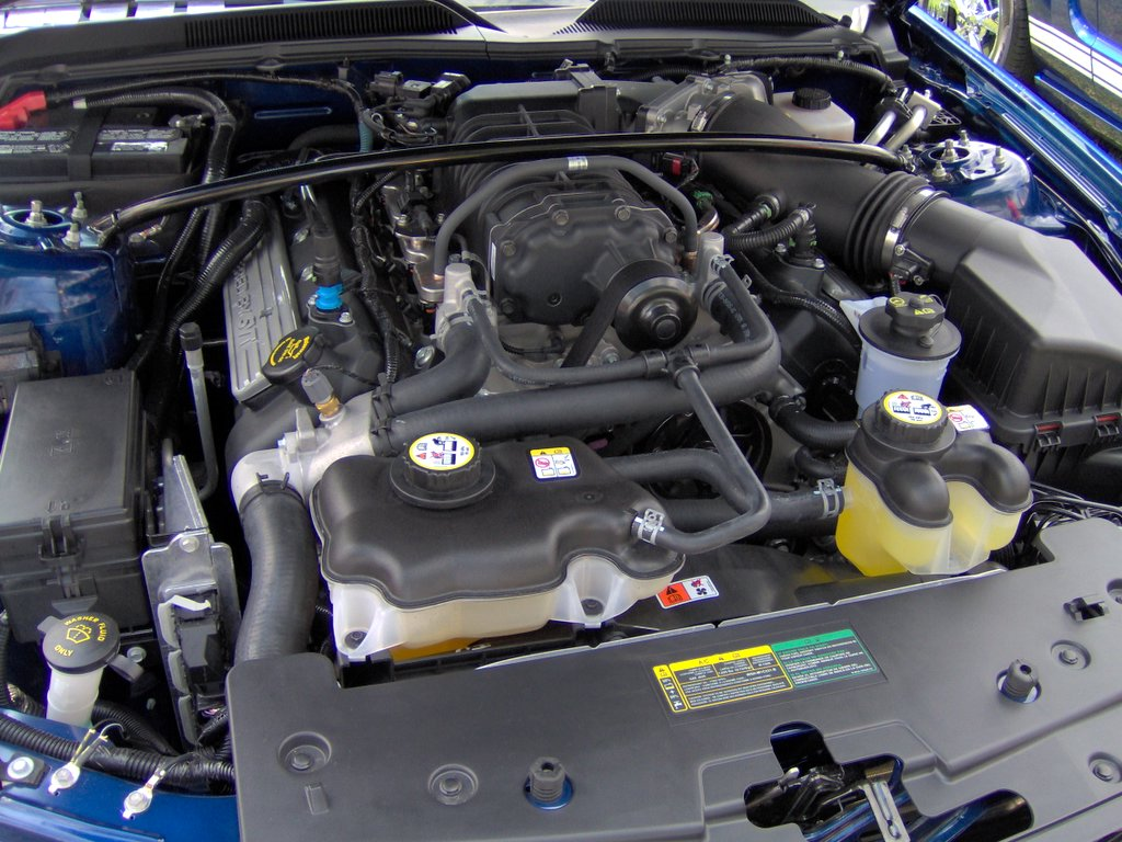 File:2007 Ford Shelby GT500 engine.JPG