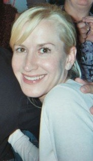 angela kinsey hot people