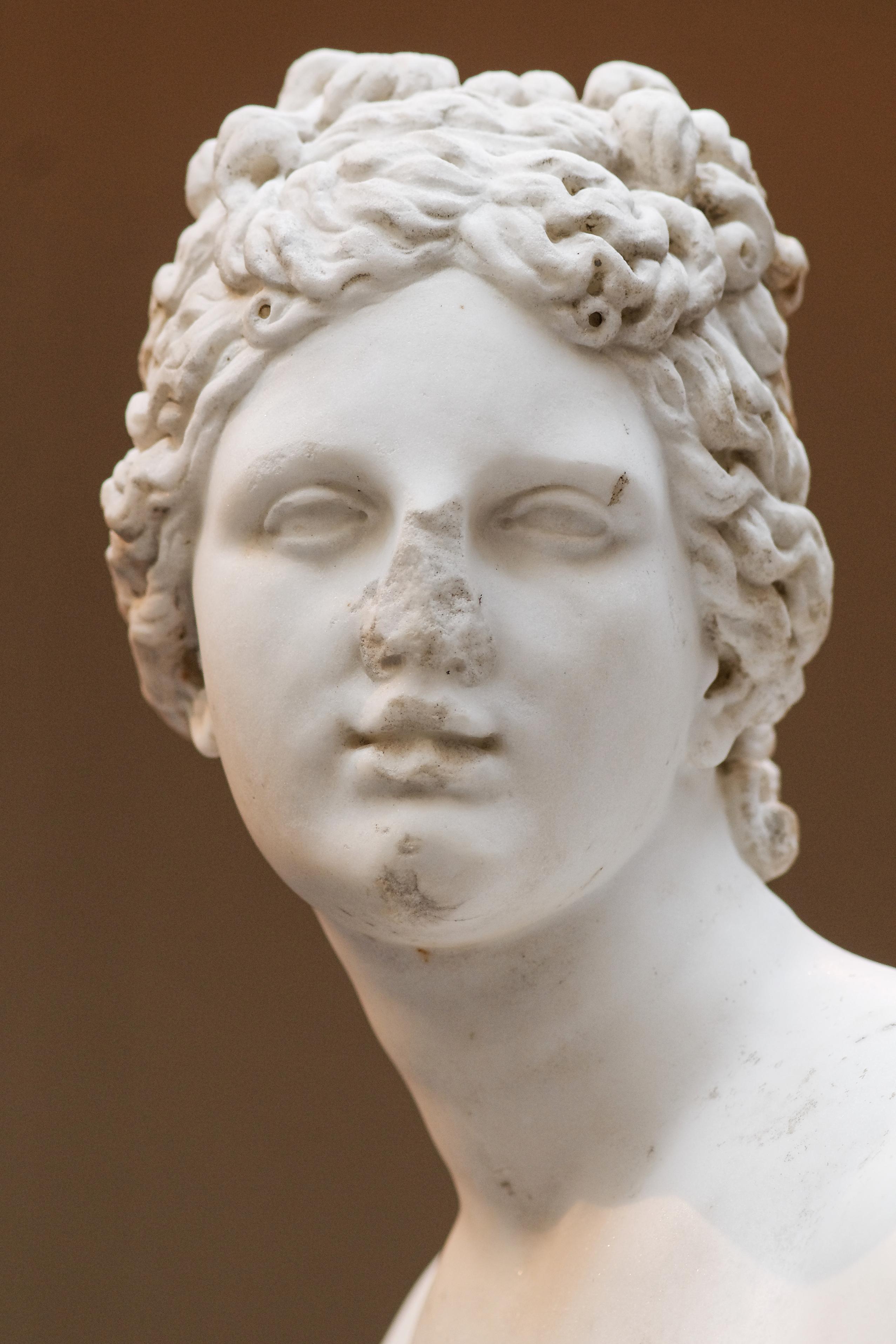 File Aphrodite Medici Type Met 52 11 5 N03 Jpg Wikimedia Commons