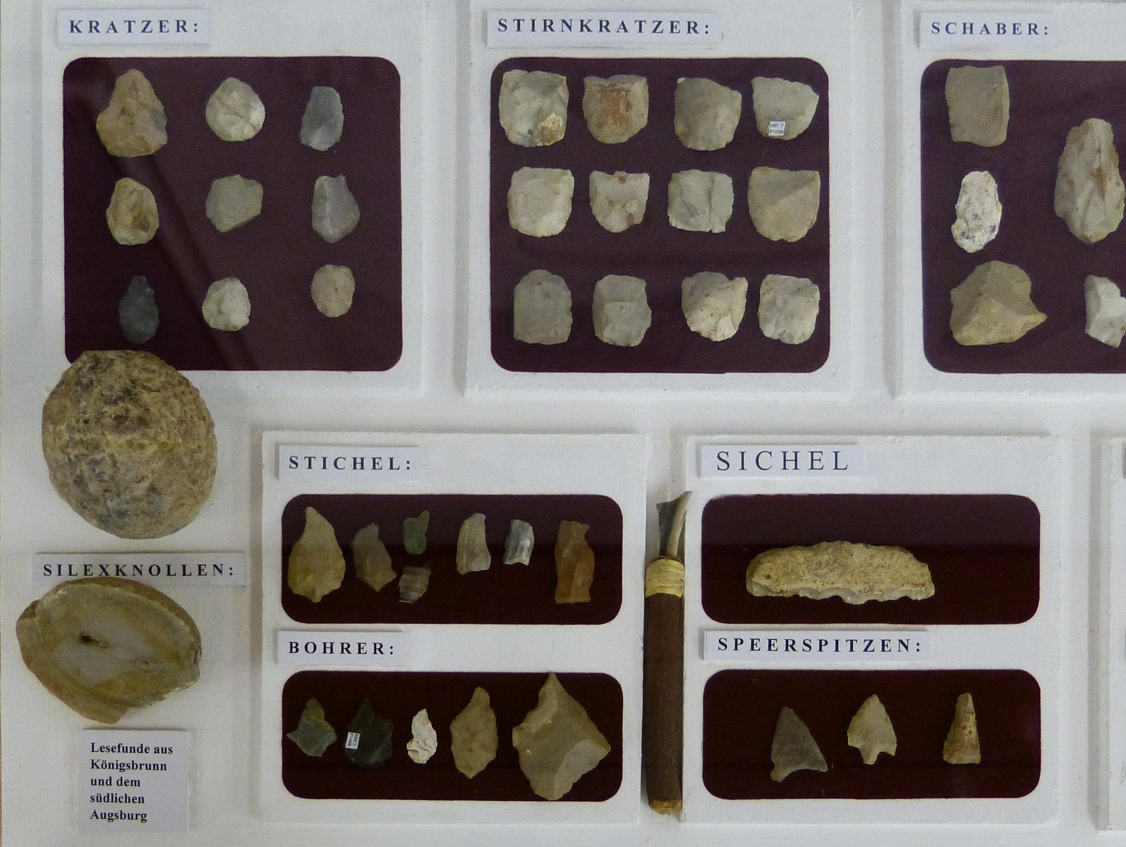 Len Augsburg file archäologisches museum königsbrunn steinwerkzeuge jpg