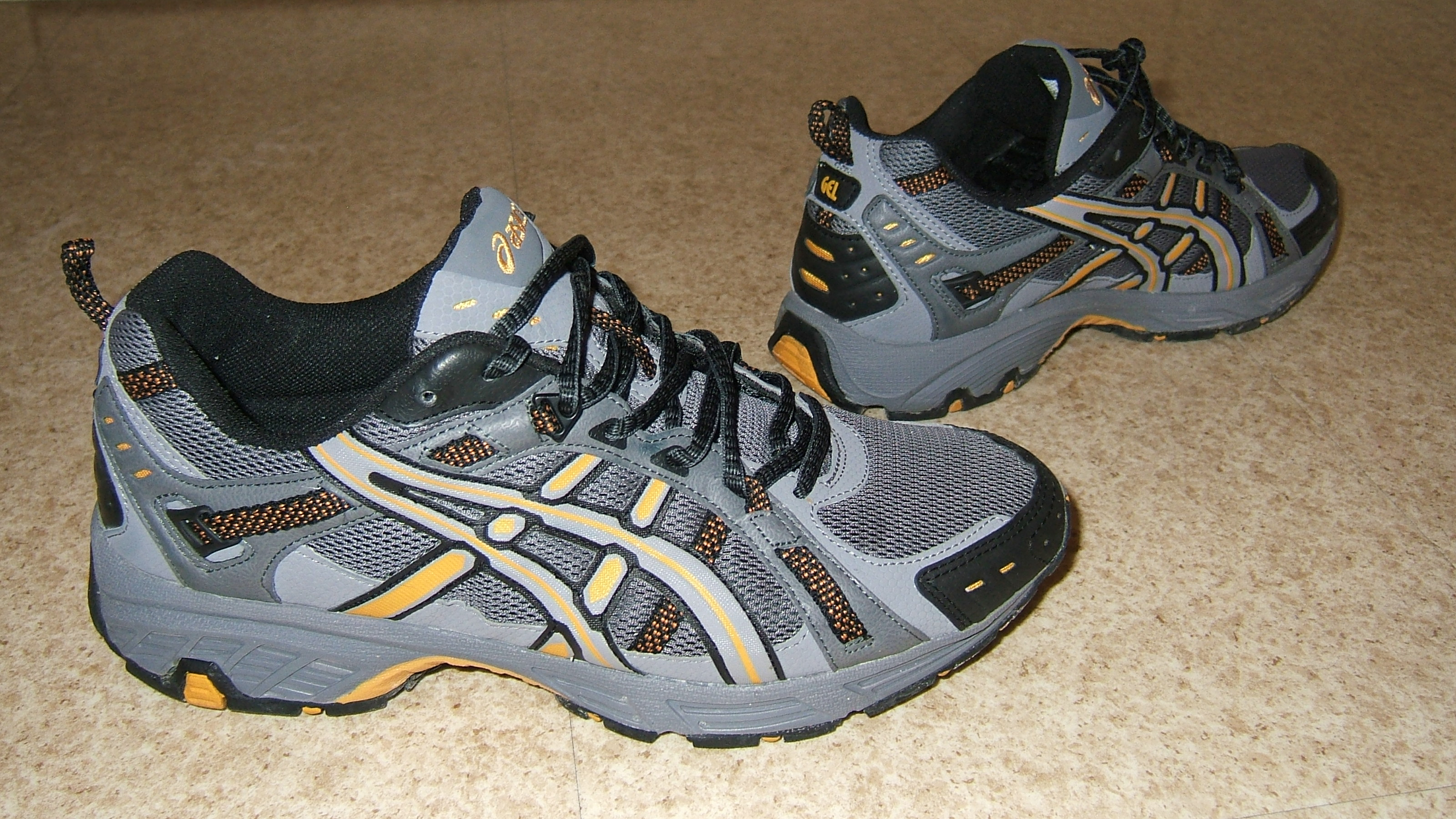 asics zapatillas wikipedia
