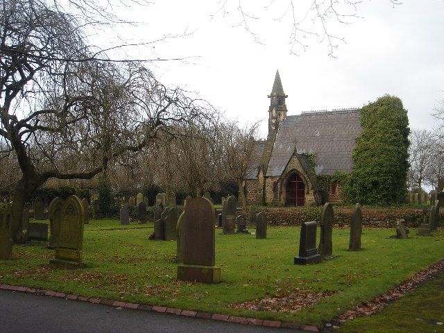 File:Atherton Cemetery - geograph.org.uk - 91970.jpg