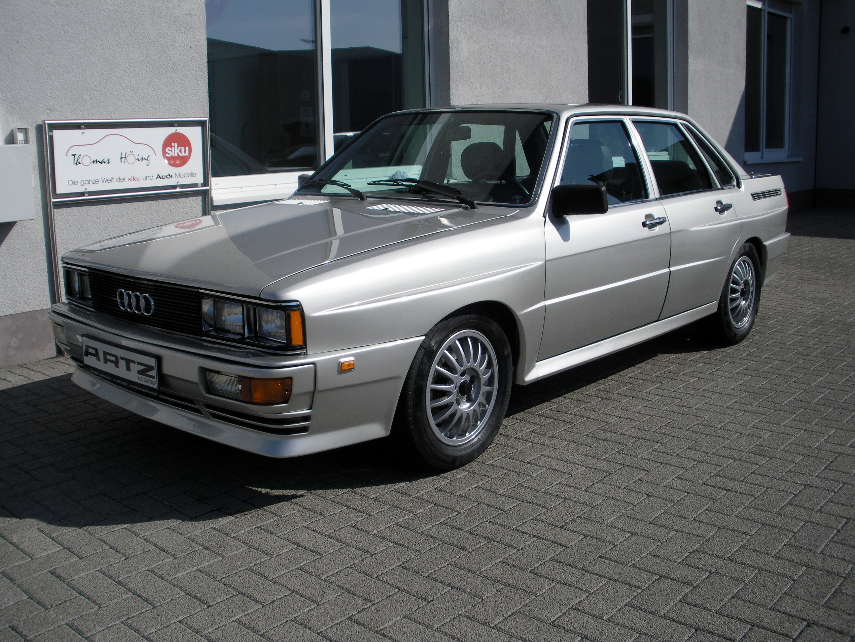 Datei Audi Quattro Artz Limousine Jpg Wikipedia