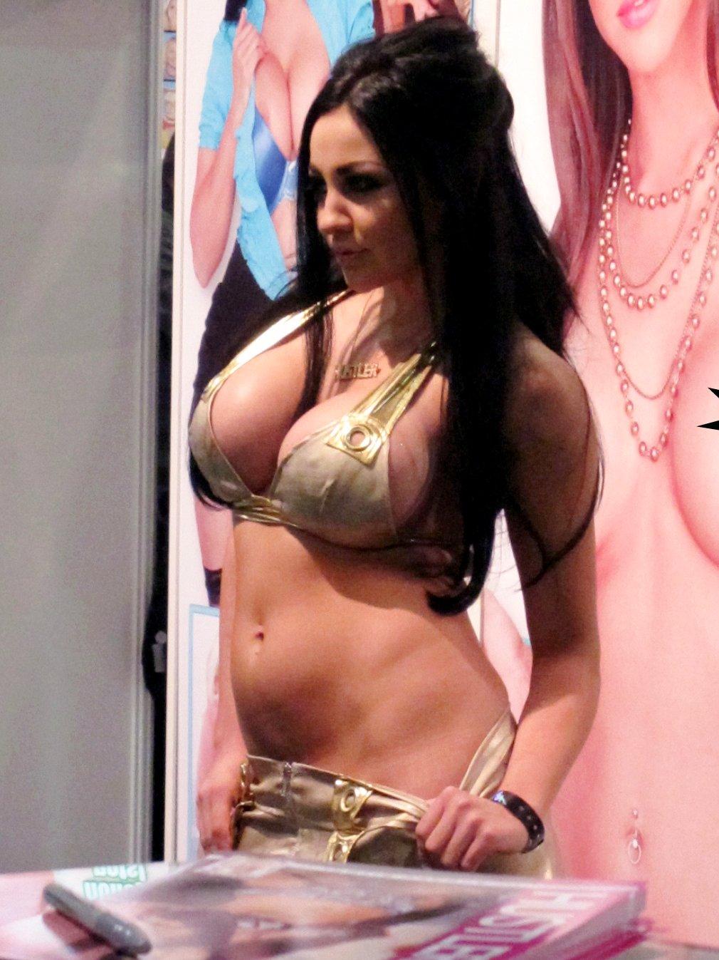 erotiic massage avn porn expo