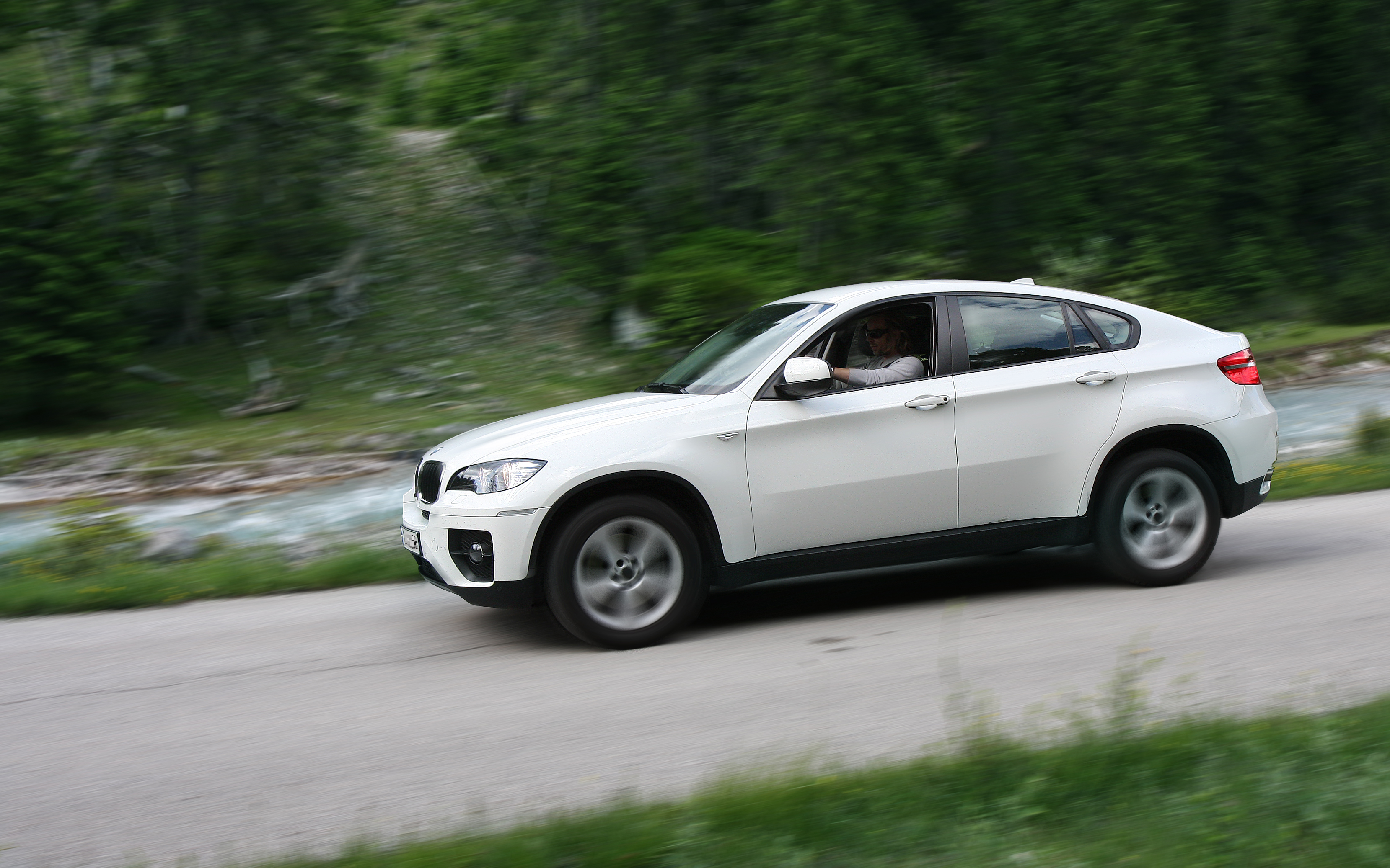 File Bmw X6 Sideview Jpg Wikimedia Commons