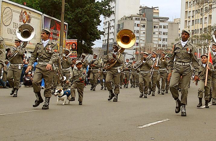 Ficheiro:Banda da brigada militar de porto alegre.jpg – Wikipédia ...
